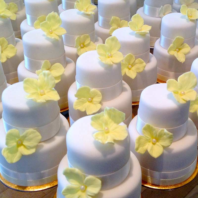 Madeleine\'s Cake Boutique | Wedding Cakes Gallery | South West London